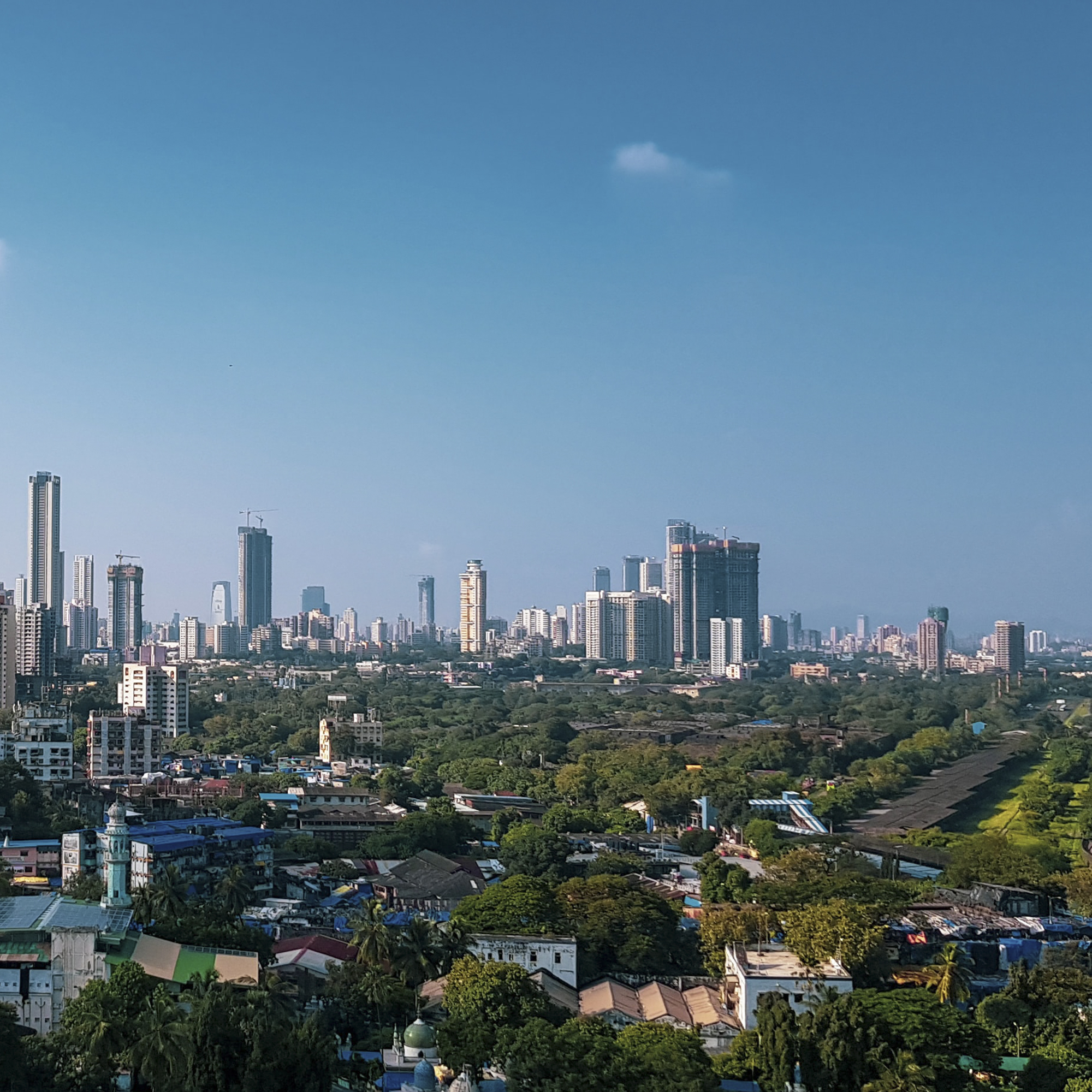 Too Slow for the Urban March: Litigations and Real Estate Market in Mumbai, India